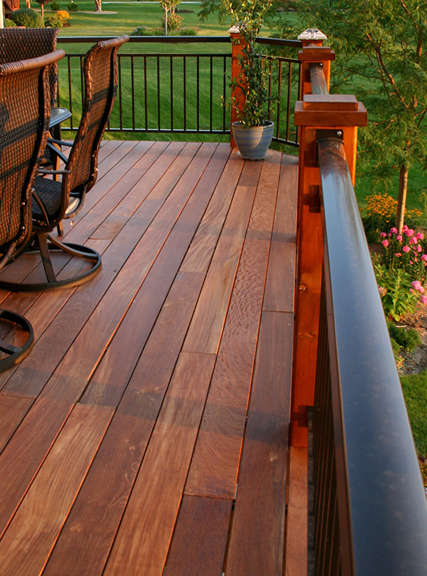 """""""We continue to receive compliments on the fine detail and craftsmanship that Laurel Builders completed."""" – Paul"""